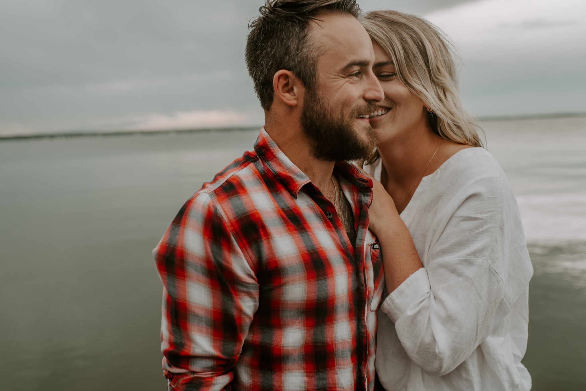 Lakeside engagement photos