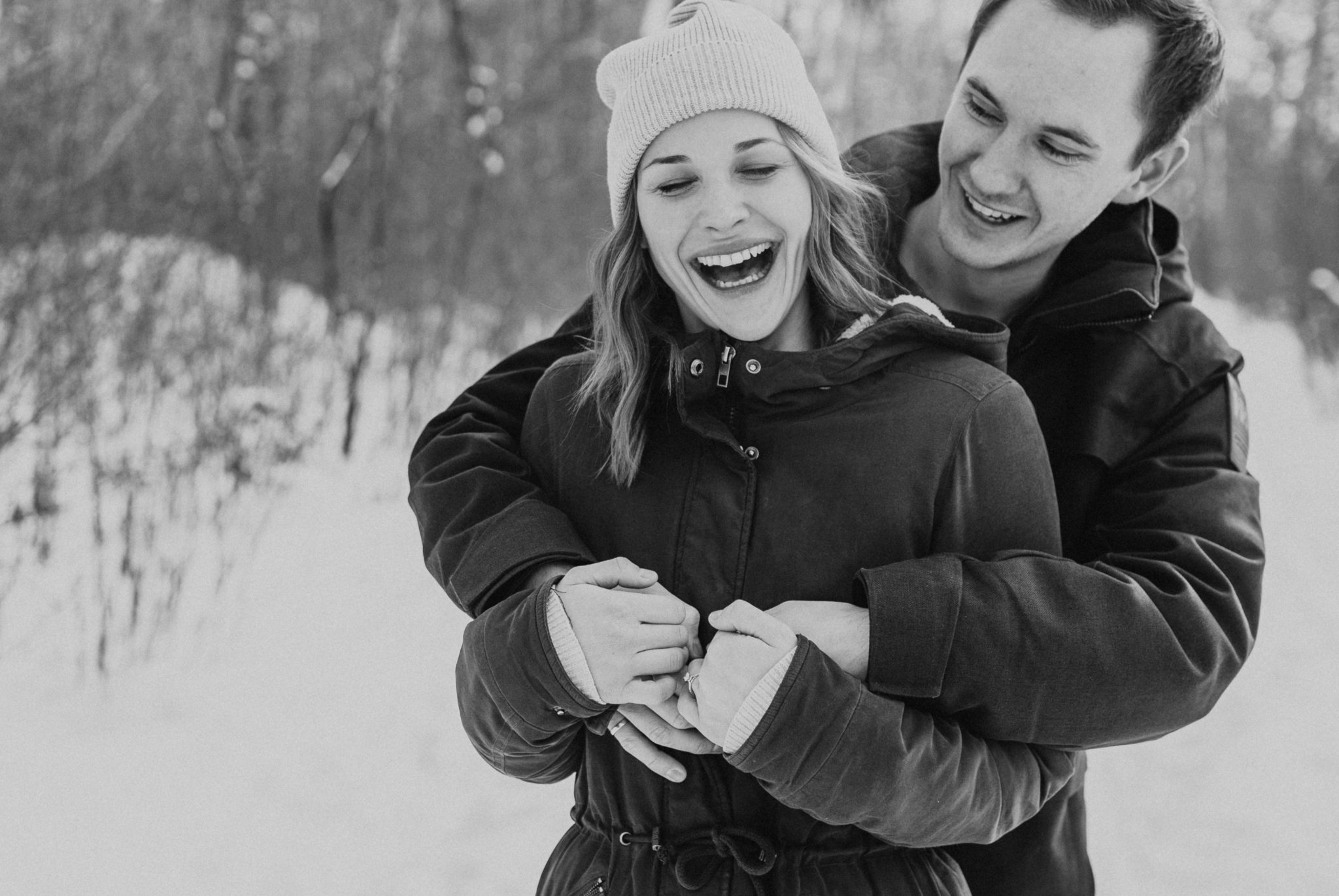 Edmonton winter engagement session Hawrelak Park