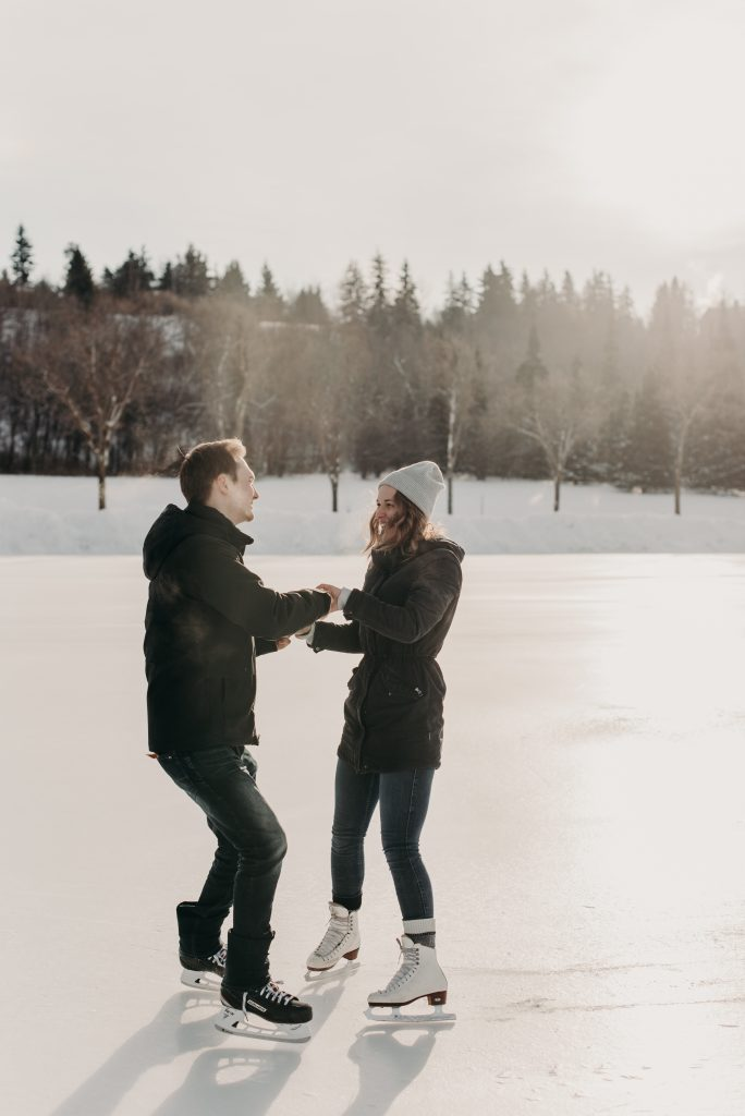 Edmonton skating engagement session