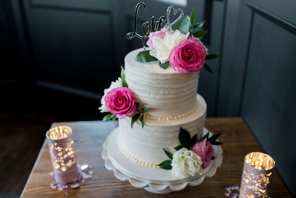Wedding Cake, Cake with Roses, Riverbank Bistro St. Albert