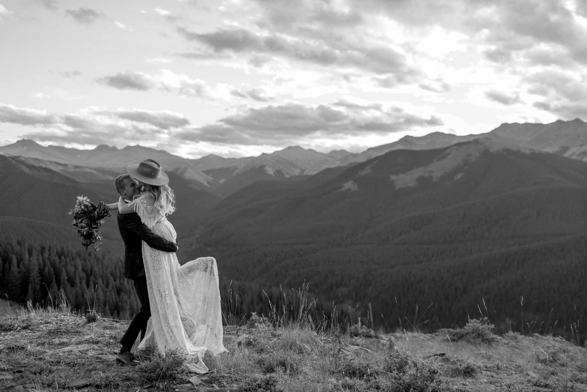 Southern alberta mountaintop wedding for a boho elopement